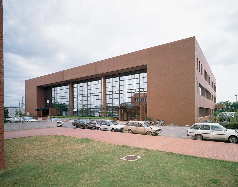 四街道市保健・総合福祉センター