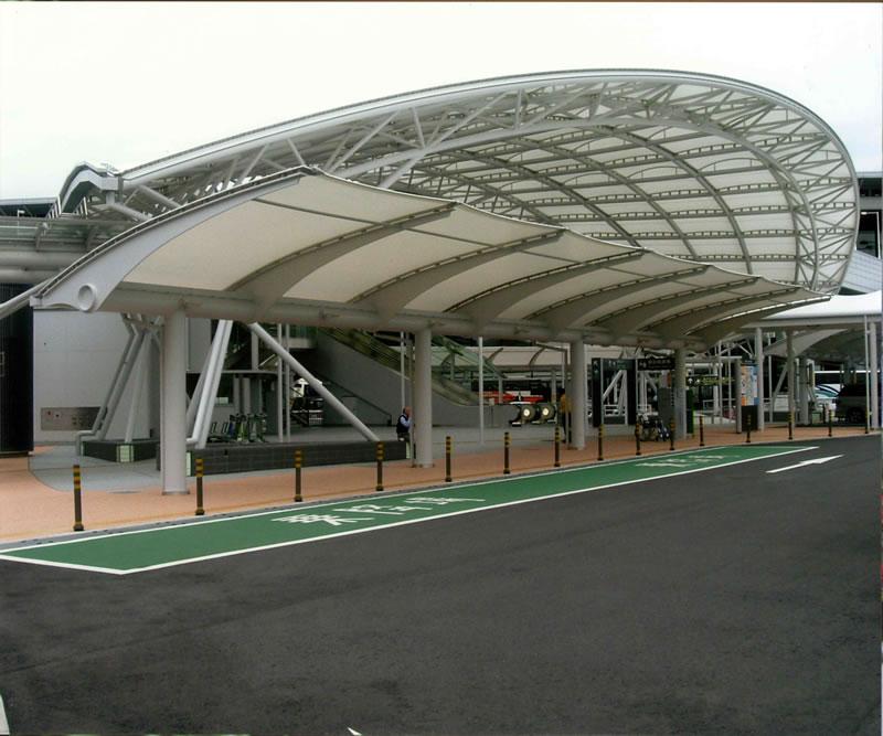成田国際空港株式会社 第1ターミナルビルP1駐車場