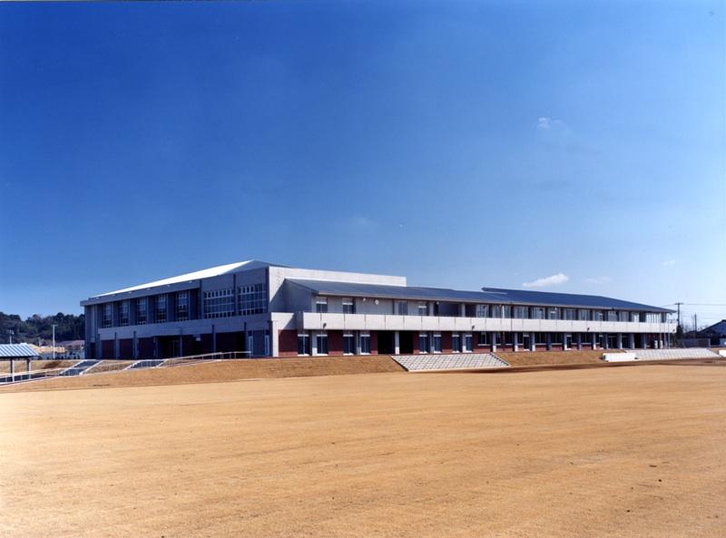 旭市立海上中学校校舎等改築工事