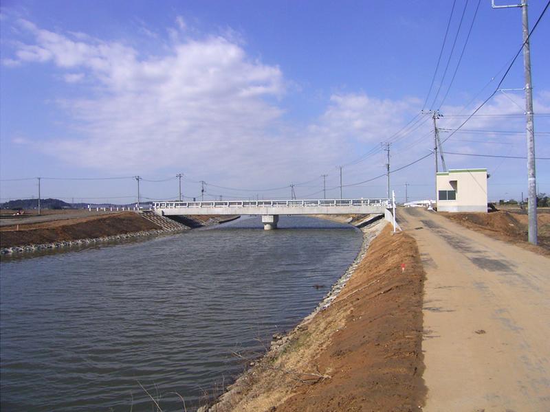 両総農業水利事業 川尻橋工事